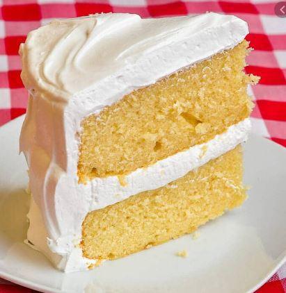 White Vanilla cake 2.JPG